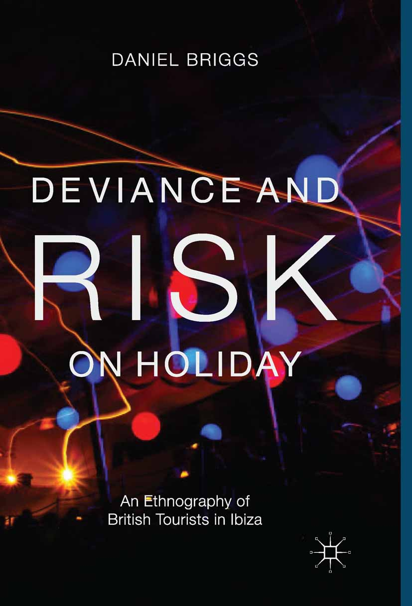 Briggs, Daniel - Deviance and Risk on Holiday, ebook